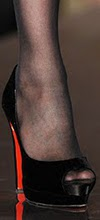 Can I wear black stockings with open-toe shoes?