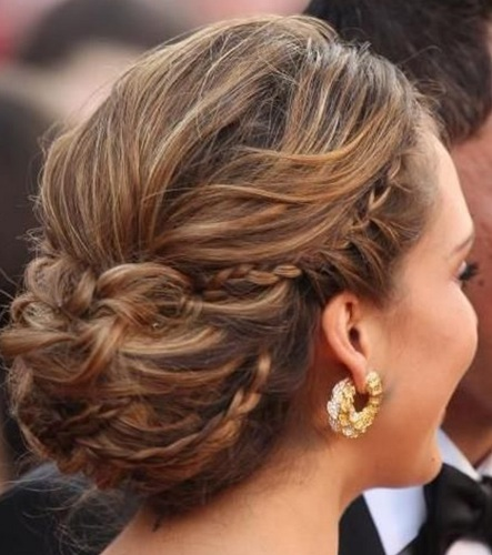 What Hairstyle & Makeup is Appropriate for a Formal Event? 4FashionAdvice