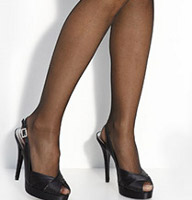 What color hosiery should I wear?