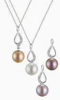 Can I wear pearls without looking matronly?