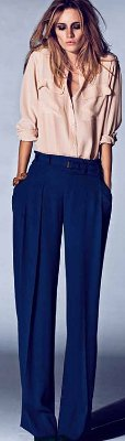 Can I wear flats with wide leg pants?