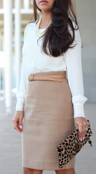 What color tops look best with a beige pencil skirt?