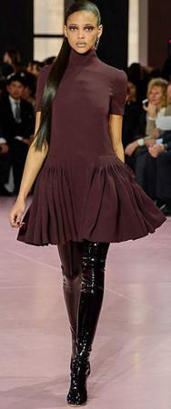 Hot Fashion, Classic Pleats