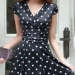 How do you choose clothes with polka dots?