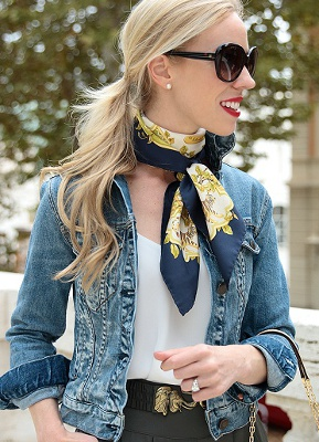 Are neck scarves in fashion?