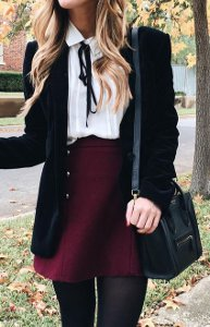 How can a school girl look cute & chic?