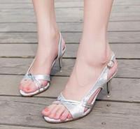 shoe_silver-sandal-low-heel